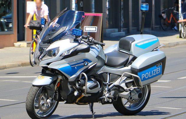blau-silbernes Motorrad von MBW